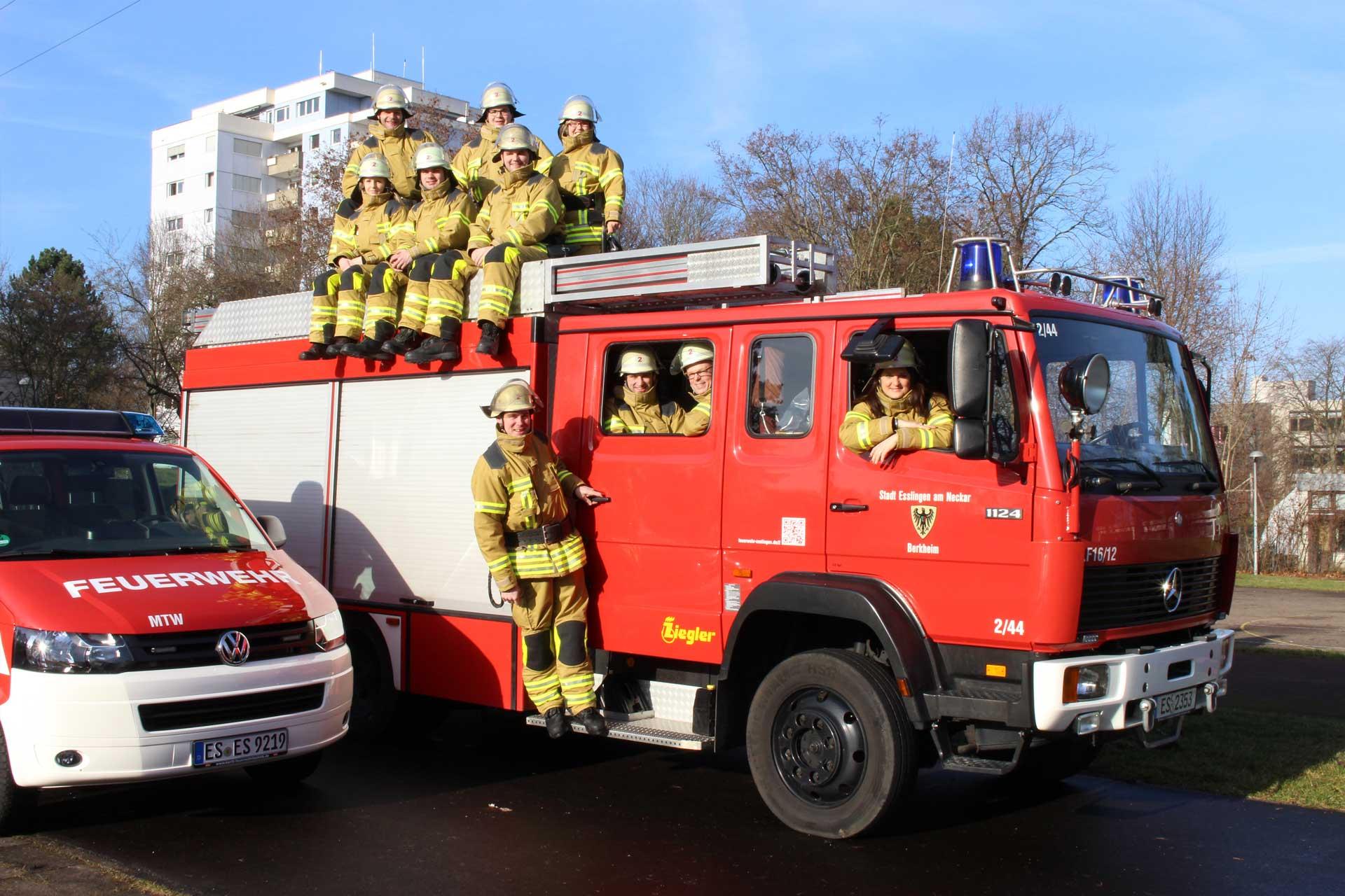 Headline Grafik: ServiceFirmen (Feuerwehrtechnik)